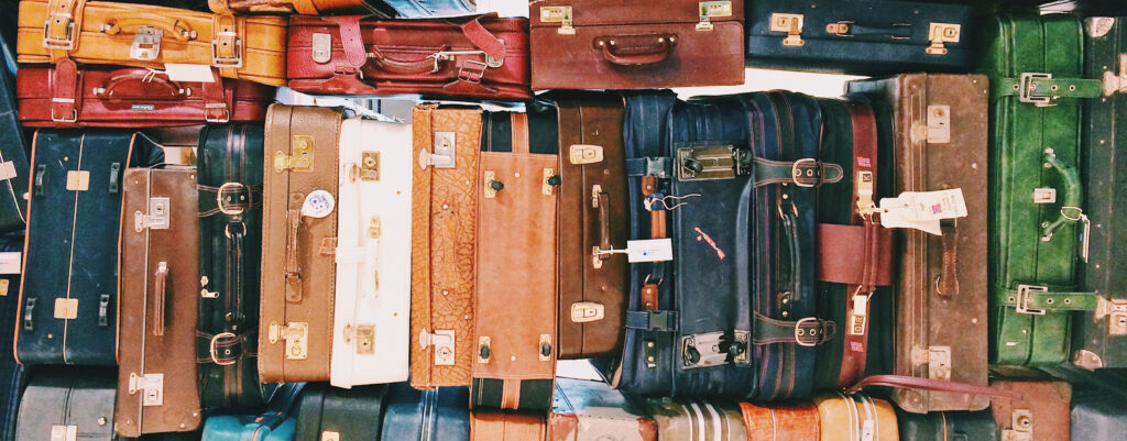 How to be a sustainable tourist? Bags and suitcases.