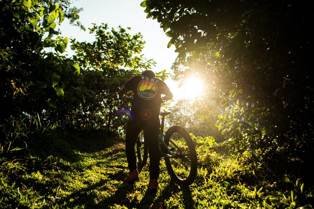 Downhill-Mountainbiking-Tipps für Anfänger.