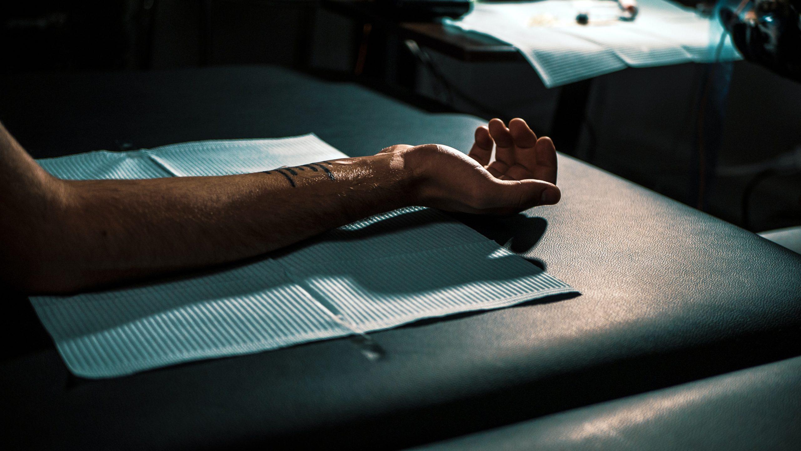 Aprende como curar un tatuaje infectado con Roll and Feel.