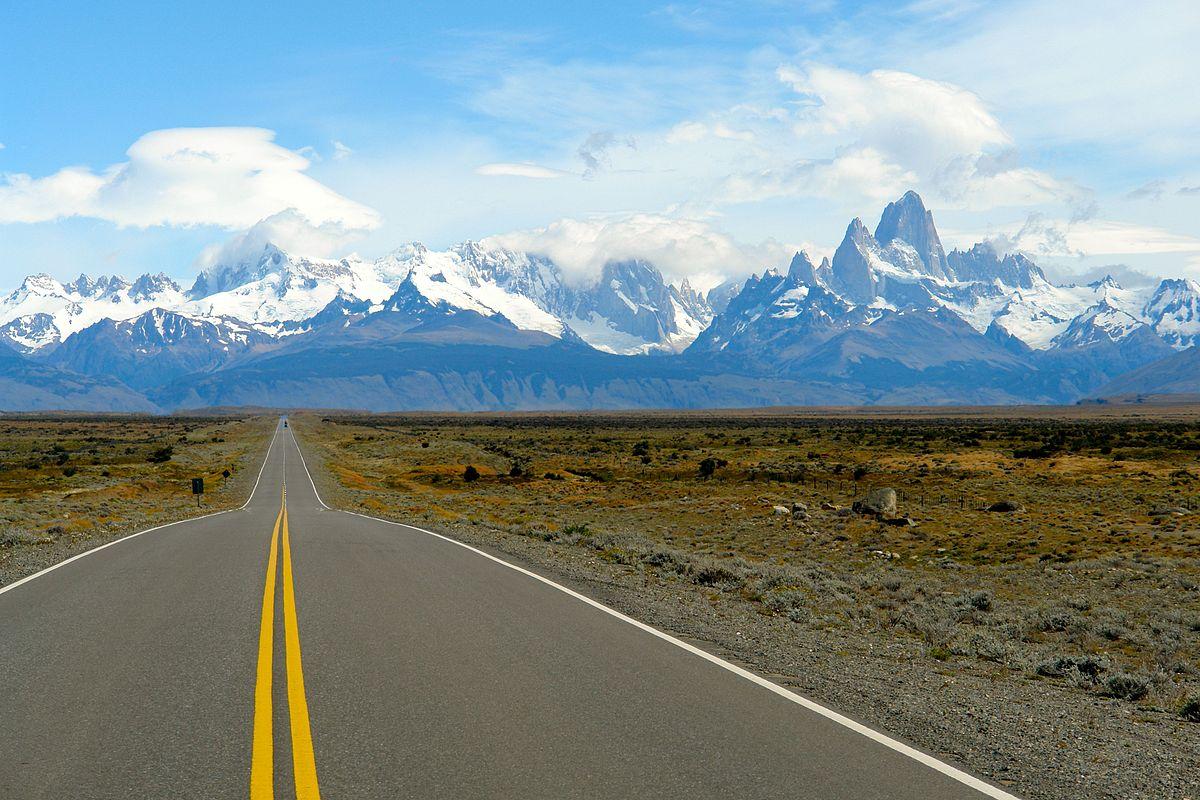 Hacer la ruta 40 en auto, un viaje espectacular en Argentina.