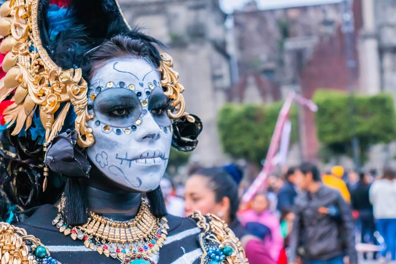 Halloween y Día de Muertos en México: Descubre sus diferencias.