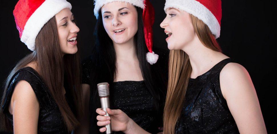 Weihnachtslieder Anhören